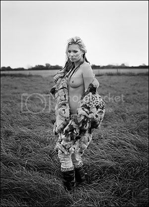 http://i790.photobucket.com/albums/yy183/dimieken1001/kate-moss.jpg?t=1251810377